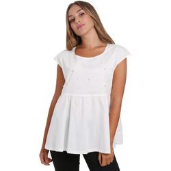 vaatteet Naiset Topit / Puserot NeroGiardini E062761D Valkoinen