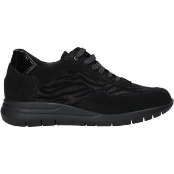kengät Naiset Matalavartiset tennarit Grunland SC2961 Musta