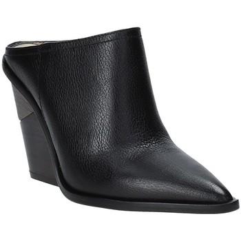 kengät Naiset Puukengät Studio Italia LOLITA Musta