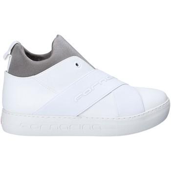 kengät Naiset Tennarit Fornarina PI18YM1063VT09 Valkoinen