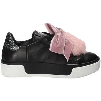 kengät Naiset Matalavartiset tennarit Janet Sport 42730 Musta