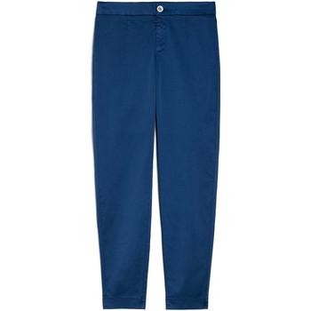 vaatteet Naiset Chino-housut / Porkkanahousut NeroGiardini E060100D Sininen