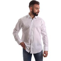vaatteet Miehet Pitkähihainen paitapusero Gmf 962250/03 Valkoinen