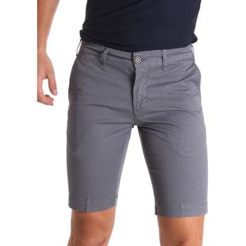 vaatteet Miehet Shortsit / Bermuda-shortsit Sei3sei PZV132 71336 Harmaa