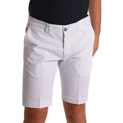 vaatteet Miehet Shortsit / Bermuda-shortsit Sei3sei PZV132 71336 Valkoinen