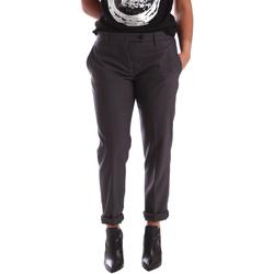 vaatteet Naiset Chino-housut / Porkkanahousut Gaudi 64FD20201 Harmaa