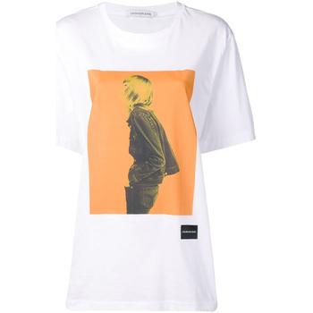 vaatteet Naiset Lyhythihainen t-paita Calvin Klein Jeans J20J208491 Valkoinen