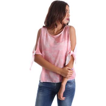 vaatteet Naiset Topit / Puserot Fornarina BE17T532CA11C5 Vaaleanpunainen