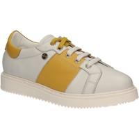 kengät Naiset Matalavartiset tennarit Keys 5063 Valkoinen