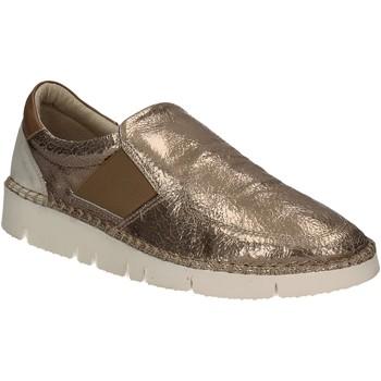 kengät Naiset Tennarit Mally 5708 Kulta