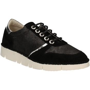 kengät Naiset Matalavartiset tennarit Mally 5938 Musta