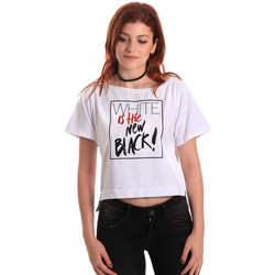 vaatteet Naiset Lyhythihainen t-paita Fornarina SE175L28JG0709 Valkoinen