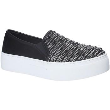 kengät Naiset Tennarit Fornarina PE17RY1111S000 Musta