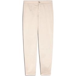 vaatteet Naiset Chino-housut / Porkkanahousut NeroGiardini E060100D Beige