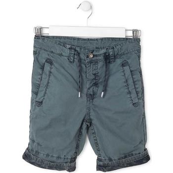 vaatteet Pojat Shortsit / Bermuda-shortsit Losan 713 9008AA Vihreä