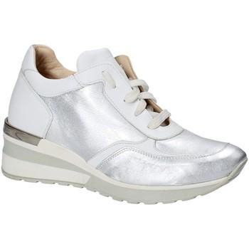 kengät Naiset Matalavartiset tennarit Exton E06 Hopea