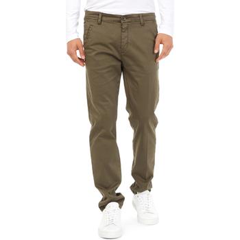 vaatteet Miehet Chino-housut / Porkkanahousut Gas 360704 Vihreä