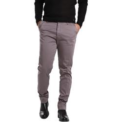 vaatteet Miehet Chino-housut / Porkkanahousut Gas 360704 Harmaa