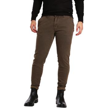 vaatteet Miehet Chino-housut / Porkkanahousut Gaudi 721BU25007 Ruskea