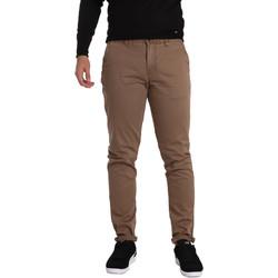 vaatteet Miehet Chino-housut / Porkkanahousut Gaudi 721BU25006 Ruskea