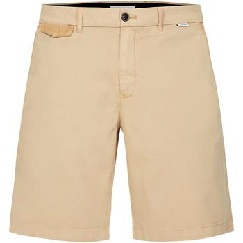 vaatteet Miehet Shortsit / Bermuda-shortsit Calvin Klein Jeans K10K105314 Beige