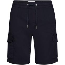vaatteet Miehet Shortsit / Bermuda-shortsit Calvin Klein Jeans J30J314975 Sininen