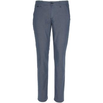 vaatteet Miehet Chino-housut / Porkkanahousut NeroGiardini P870106U Sininen