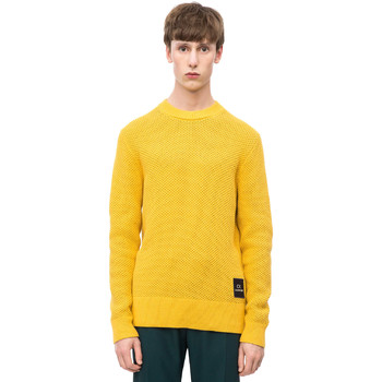 vaatteet Miehet Neulepusero Calvin Klein Jeans K10K102731 Keltainen