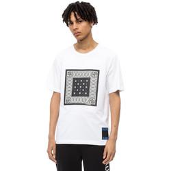 vaatteet Miehet Lyhythihainen t-paita Calvin Klein Jeans J30J309593 Valkoinen