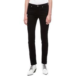 vaatteet Naiset Slim-farkut Calvin Klein Jeans J20J208292 Musta