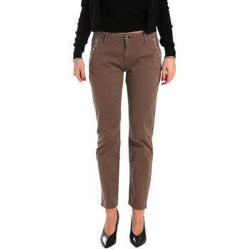 vaatteet Naiset Chino-housut / Porkkanahousut Gaudi 821BD25003 Ruskea