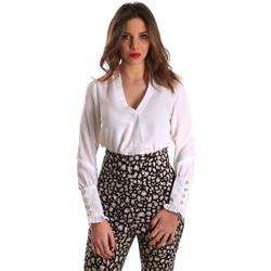 vaatteet Naiset Topit / Puserot Gaudi 821FD45014 Valkoinen