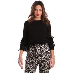vaatteet Naiset Topit / Puserot Gaudi 821FD45036 Musta