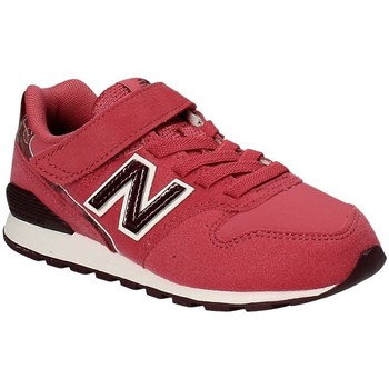 kengät Lapset Matalavartiset tennarit New Balance NBKV996F2Y Punainen