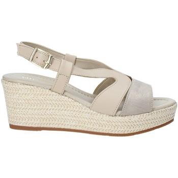 kengät Naiset Sandaalit ja avokkaat Valleverde 32211 Beige