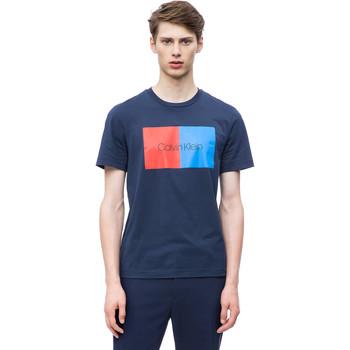 vaatteet Miehet Lyhythihainen t-paita Calvin Klein Jeans K10K103497 Sininen