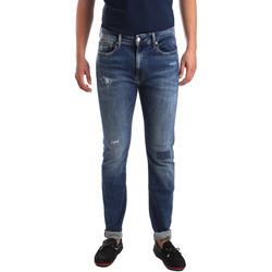 vaatteet Miehet Slim-farkut Calvin Klein Jeans J30J311691 Sininen