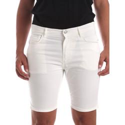 vaatteet Miehet Shortsit / Bermuda-shortsit Antony Morato MMSH00140 FA800109 Valkoinen