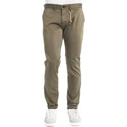 vaatteet Miehet Chino-housut / Porkkanahousut Gaudi 911FU25004 Ruskea