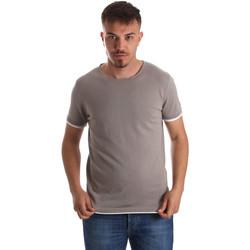 vaatteet Miehet Lyhythihainen t-paita Gaudi 911FU53007 Harmaa