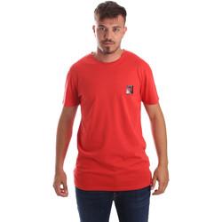 vaatteet Miehet Lyhythihainen t-paita Byblos Blu 2MT0010 TE0045 Punainen