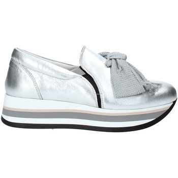 kengät Naiset Tennarit Triver Flight 232-09 Hopea