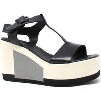 kengät Naiset Sandaalit ja avokkaat Marco Ferretti 660299MF Musta