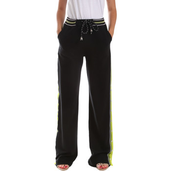 vaatteet Naiset Verryttelyhousut Byblos Blu 2WP0015 TE0039 Musta
