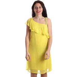 vaatteet Naiset Lyhyt mekko Gaudi 911FD15011 Keltainen