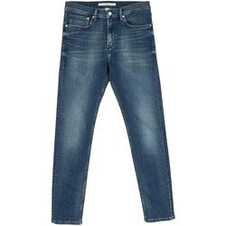 vaatteet Miehet Suorat farkut Calvin Klein Jeans J30J312353 Sininen