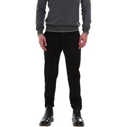vaatteet Miehet Chino-housut / Porkkanahousut Gaudi 921FU24002 Musta