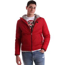 vaatteet Miehet Pusakka Gaudi 921BU35006 Punainen