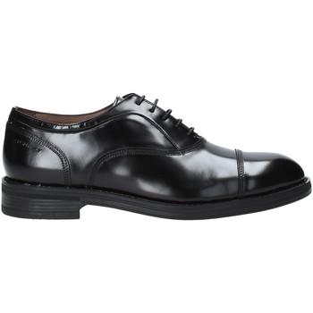 kengät Miehet Derby-kengät Stonefly 211960 Musta