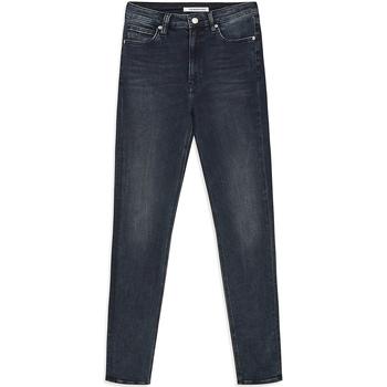 vaatteet Naiset Slim-farkut Calvin Klein Jeans J20J212018 Sininen
